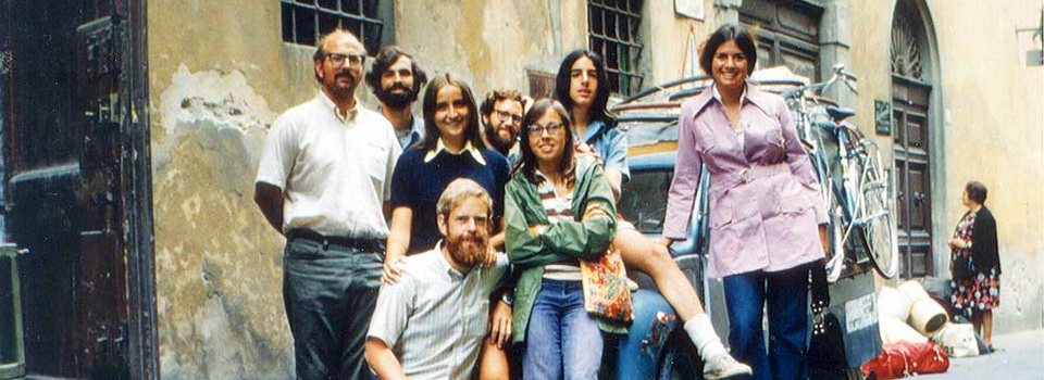 The 1972 BIke Across Italy crew and their support vehicle.
