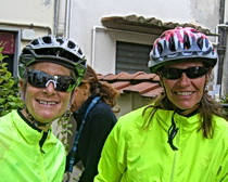 Sall and friend Kerry Kirkpatrick leaving Greve in Chianti