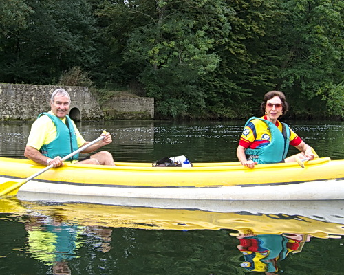 Canoe trip on the Loire Sightseer bicycle ride.